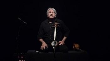 کیهان کلهر جایزه مرد سال موسیقی ۲۰۱۹ را دریافت کرد