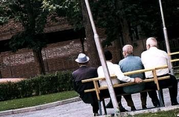 حقوق ۹۵.۵ درصد از بازنشستگان ایران زیر سه میلیون تومان است