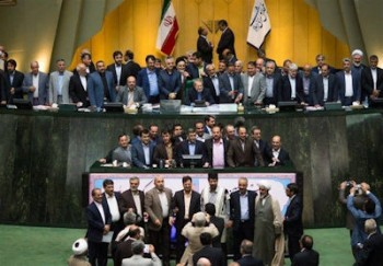 علی لاریجانی: تکرار فساد فساد همان ورژن بگم بگم سابق است