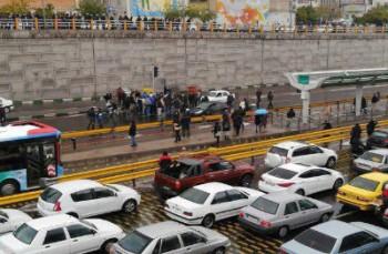 کیهان: لاشخورها گرانی بنزین در ایران را به فلسطین ارتباط داده اند