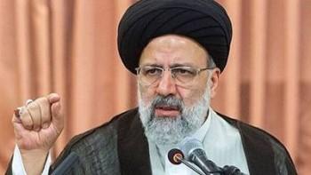 دستگاه قضایی ایران خود را موظف به دفاع از حقوق زنان میداند