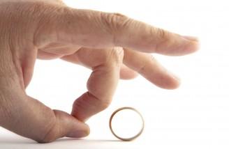 علت اول طلاق، نداشتن سواد زندگی و سواد ارتباطی است