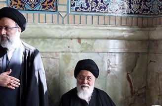 علم الهدی: پشت سر رئیسی نماز میخوانم