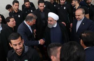 روحانی: باید تمام تلاش خود را برای شاد کردن ملت بکار بگیریم