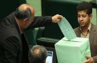 تنها یکی از وزرای پیشنهادی حسن روحانی رأی اعتماد نگرفت