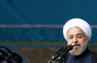 روحانی: مردم آزادند برای تایید انقلاب به خیابانها بیایند