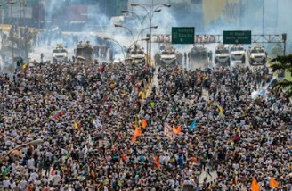 اعلام حمایت ایران از دولت نیکلاس مادورو در ونزوئلا