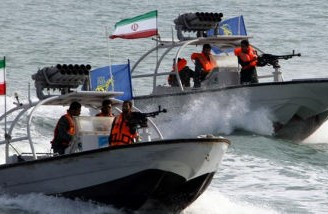 سپاه می گوید تنگه هرمز تا زمانی باز است که نفت ایران صادر شود