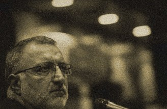 علیرضا زاکانی: علی لاریجانی لنگ میزند و دچار اشکال است!