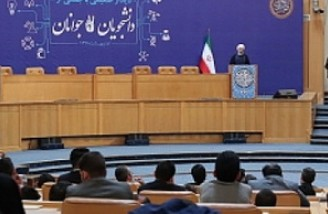 روحانی: در موارد اختلاف نظر می توانیم پای صندوق آراء برویم