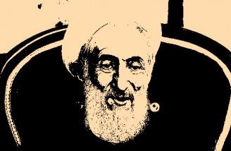 امام، در یک دست جوانان قرآن و در دست دیگرشان اسلحه قرار داد
