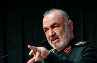 فرمانده سپاه: ملت ایران در طلایی ترین دوران حیات خود زندگی می کند