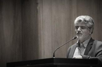 یک نماینده مجلس ایران دولت روحانی را هیچ کاره خواند