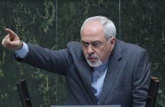 فاصله ای بین ایران و جمهوری اسلامی نمی بینم