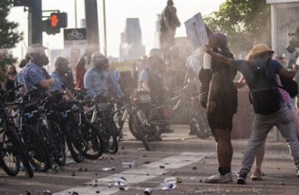 ترامپ، چپ افراطی را مسئول خشونت معترضان خواند