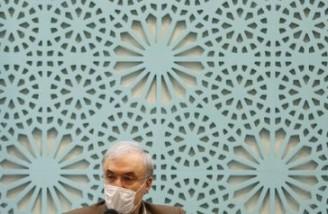 ایران می گوید در عرصه تولید واکسن کرونا معرکه رقم می زند