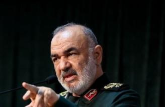 فرمانده سپاه می گوید دشمنان همیشه در حال فرار هستند