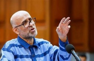 طبری توسط گروهی پنجاهنفره و در منزل لاریجانی بازداشت شده است