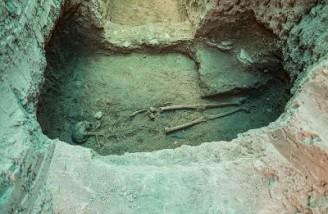 کشف اسکلت یک بانوی اشکانی دو هزار ساله در تپه اشرف اصفهان