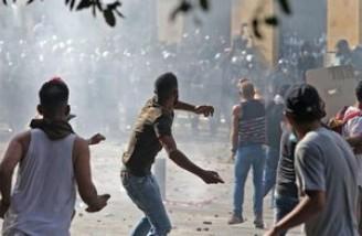چند وزارتخانه لبنان به تصرف معترضان درآمد